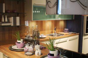 キッチンリフォーム!壁材の種類と特徴をご紹介